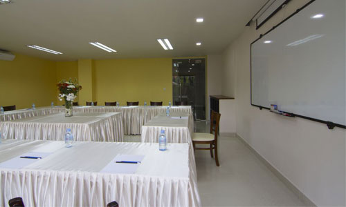 Cardamom Hotel & Apartment - Meeting Room