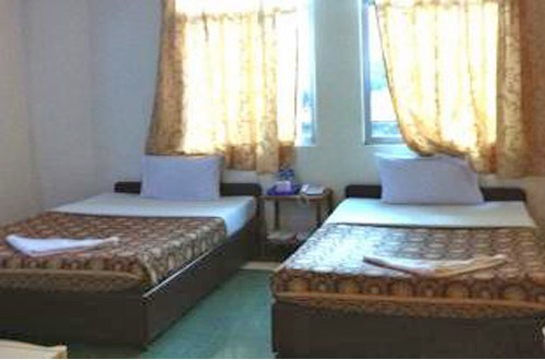 Golden World Guesthouse - Double Room