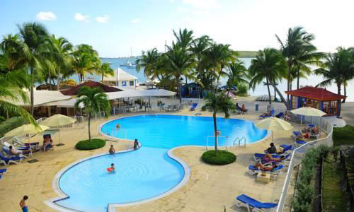 Le Flamboyant Resort Swimming Pool