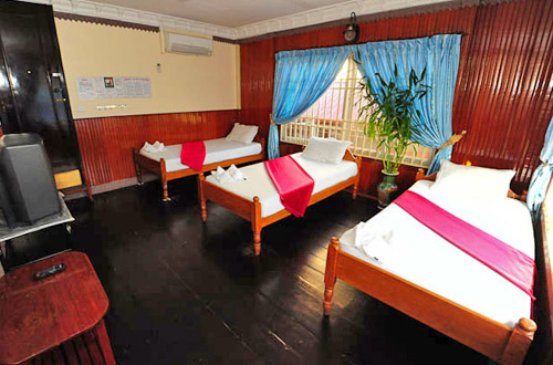 Okay Guesthouse - Triple Rooms