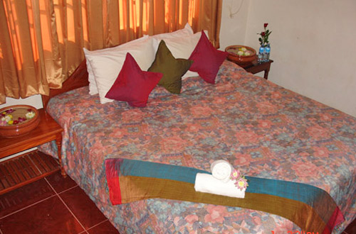 Ponloue Angkor Guesthouse Suite Room