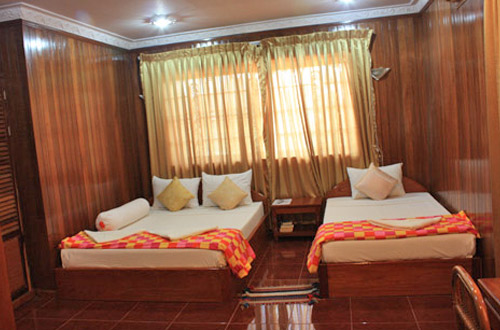 Ponloue Angkor Guesthouse Twin Room