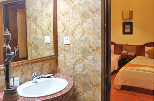 Retreat Villa Boutique & Spa Bathroom