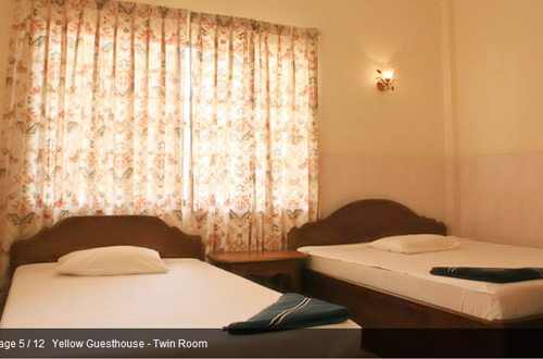 Yellow Guesthouse Twin Room