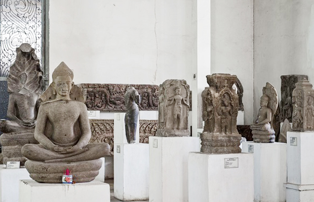Angkor National Museum - Art & Carving - Angkor Focus Travel