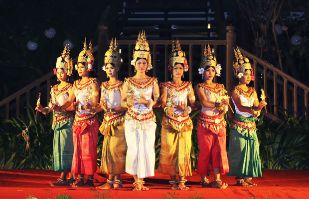 Apsara Dancing Show at Kulen II Restaurant - Angkor Focus Travel