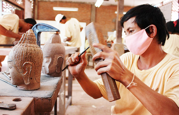 Artisans D'Angkor - Wooden Carving - Angkor Focus Travel