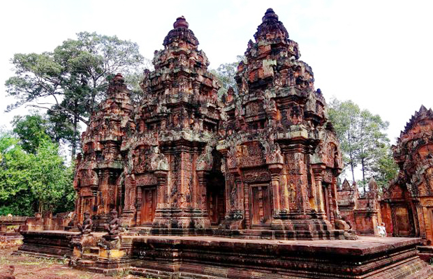 Banteay Srei Temple - Angkor Focus Travel