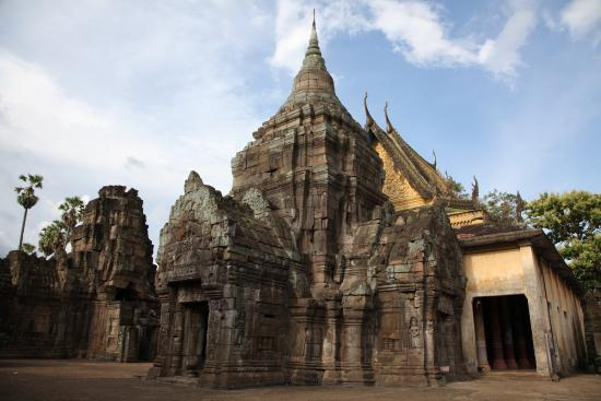 Introduction to Kampong Cham Wat Nokor - Angkor Focus Travel