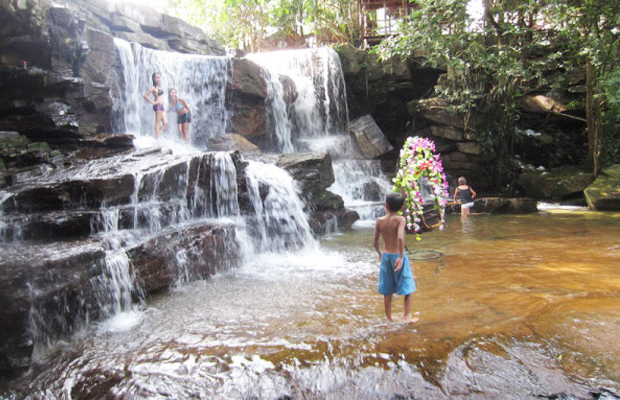 Kbal Chhay Waterfall 2 - Angkor Focus Travel