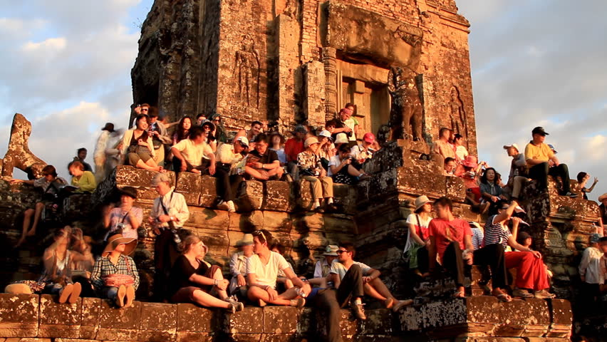 Phnom Bakheng Sunset Traveler