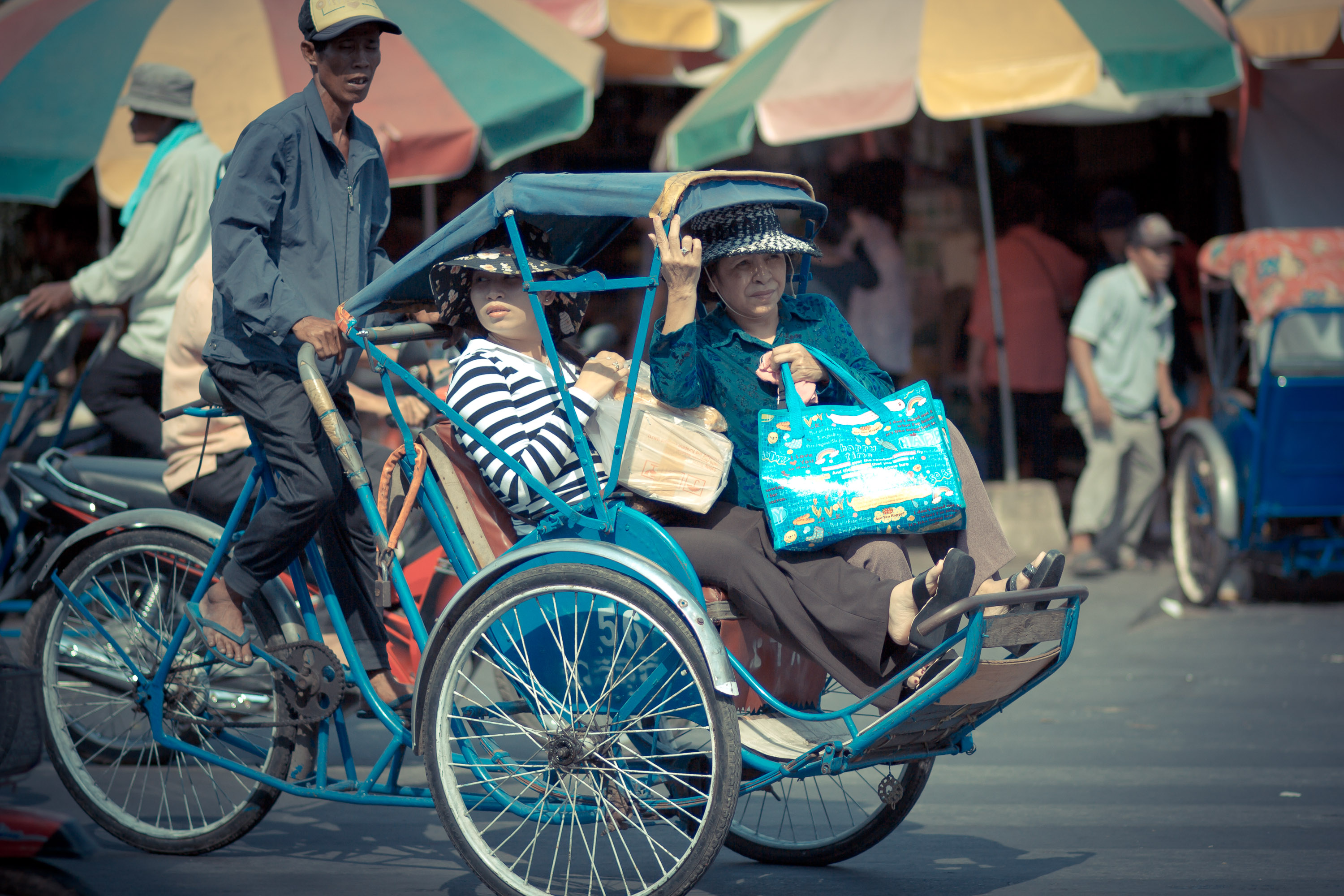 Phnom Penh Population Cyclo - Angkor Focus Travel
