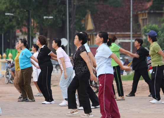 Phnom Penh Population Morning Exercise - Angkor Focus Travel