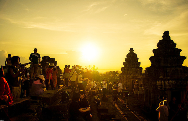 Phnom Bakheng Sunset View - Angkor Focus Travel