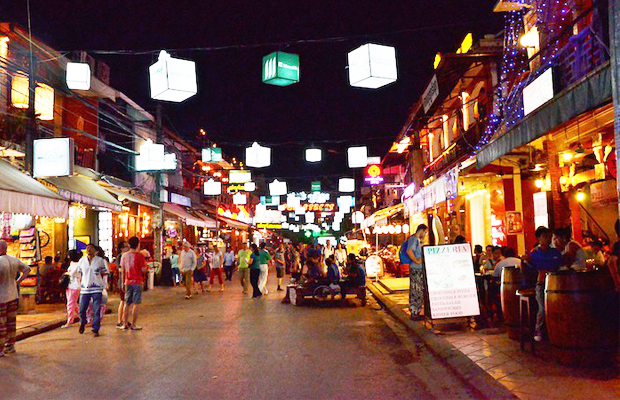 Pub Street Nightlife - Angkor Focus Travel