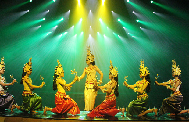 Smile of Angkor - Apsara Dancing Show - Angkor Focus Travel