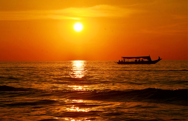 Tonle Sap Lake Sunset - Angkor Focus Travel