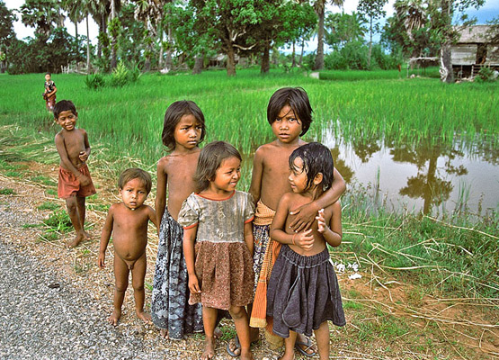 kampong Cham Kids Population 2 - Angkor Focus Travel