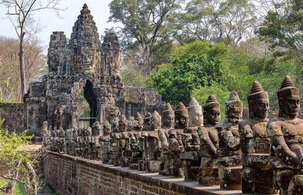 Angkor Thom Temple Guide