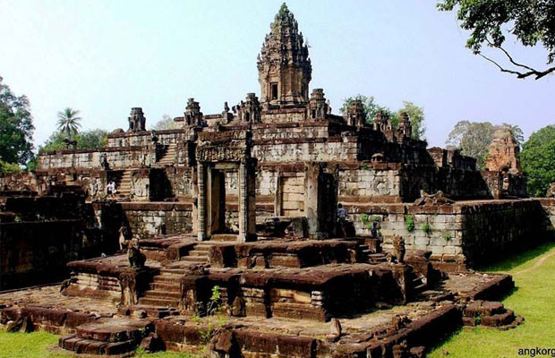 Bakong Temple - Temple View 4