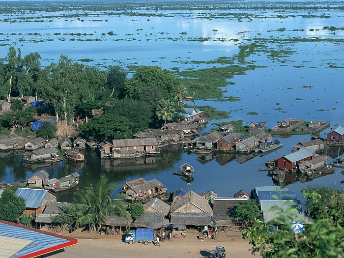 Chong Kneas Floating Village View