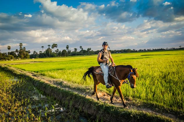 Horse Rides Tour in Angkor