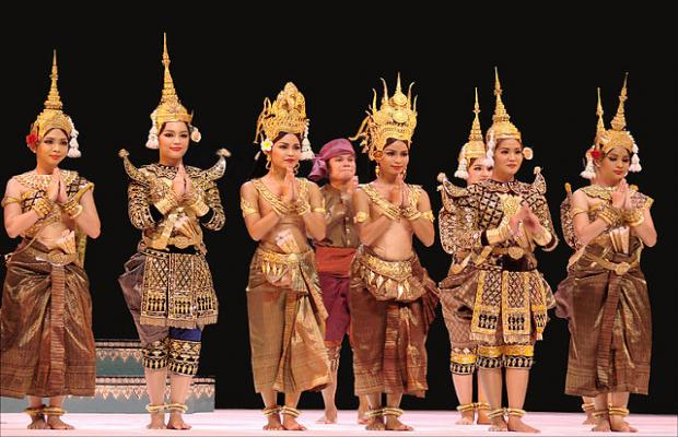 Smile of Angkor - Apsara Dancing Show