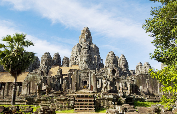 Full Day - Explore Angkor Thom, Ta Prohm & Angkor Wat Day Tour