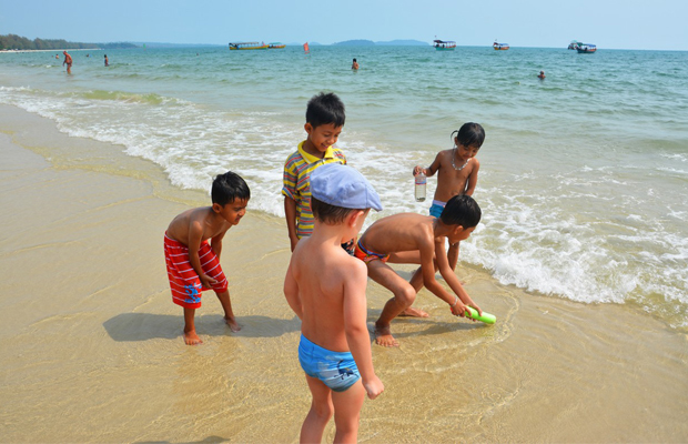 The Best Cambodia Tour with Kids for 10 Days